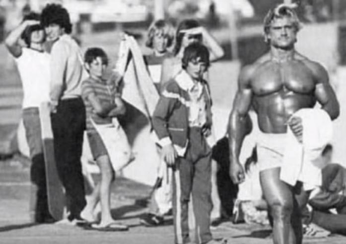 Vintage Burn is more for this 1970s California style. Pictured here, Tom Platz at Muscle Beach.