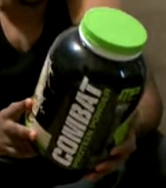 musclepharm-combat-protein-powder-image-1